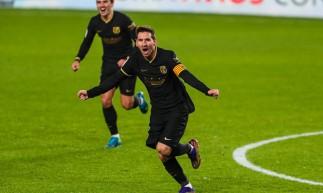 Barcelona venceu Granada por 4 a 0 com show de Messi