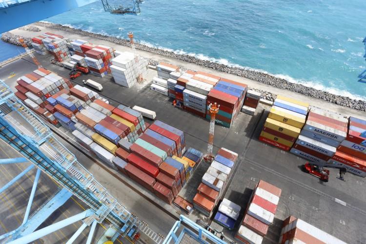 Movimentação de cargas no Porto do Pecém (Foto: GOVERNO DO ESTADO DO CEARA)