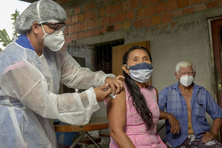 indígenas, Manaus, pandemia de Covid-19 (Foto: Alex Pazuello / Prefeitura de Manaus)