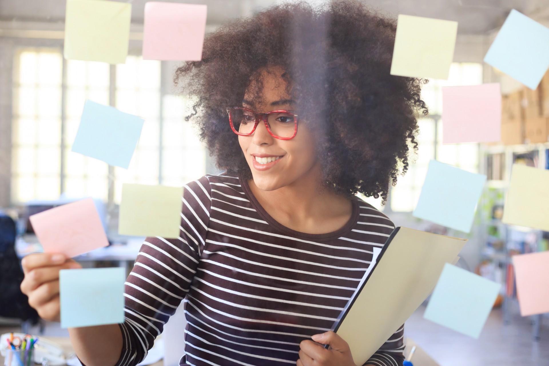 Empreender não é uma tarefa das mais fáceis, mas sistematizar o processo pode te ajudar a abrir seu próprio negócio