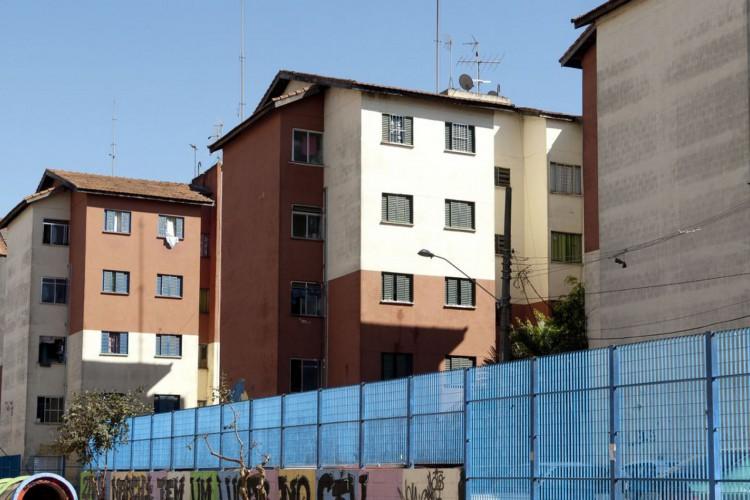 Prédios para moradores de baixa renda do Conjunto Habitacional Cingabur (Foto: Marcelo Camargo)