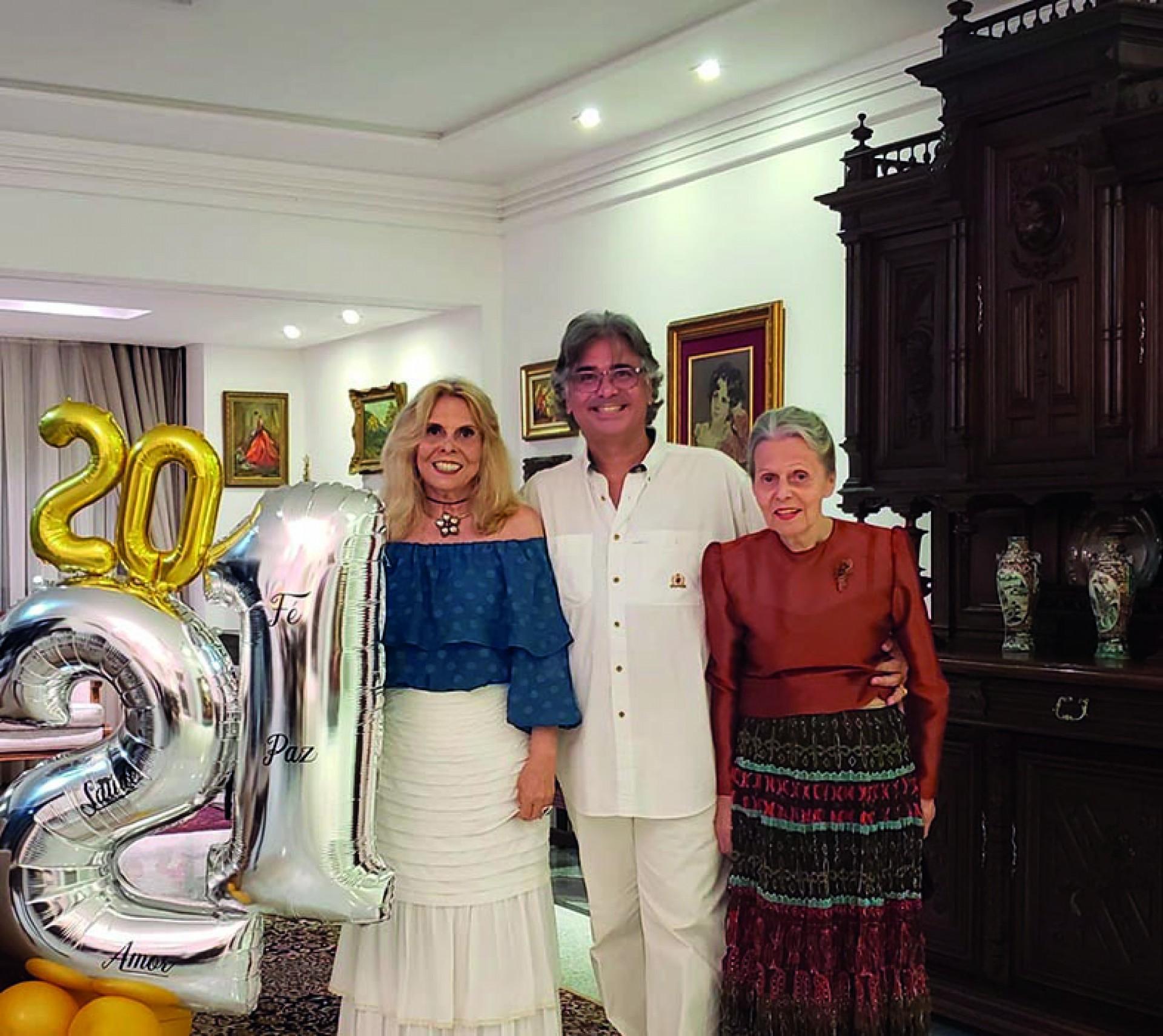 Nestor Chaves, trineto do Barão de Camocim, com mãe Raquel e tia Margarida Borges