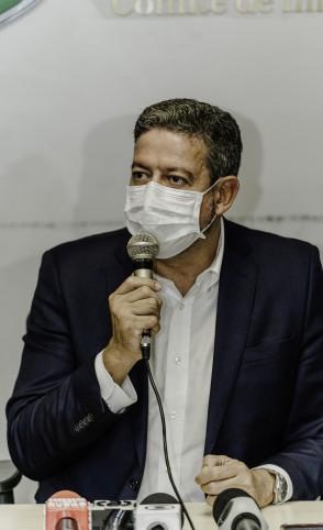 Arthur Lira (PP) esteve em Fortaleza para conversar com a bancada de deputados nesta quinta-feira, 14. (Foto: Júlio Caesar / O Povo)