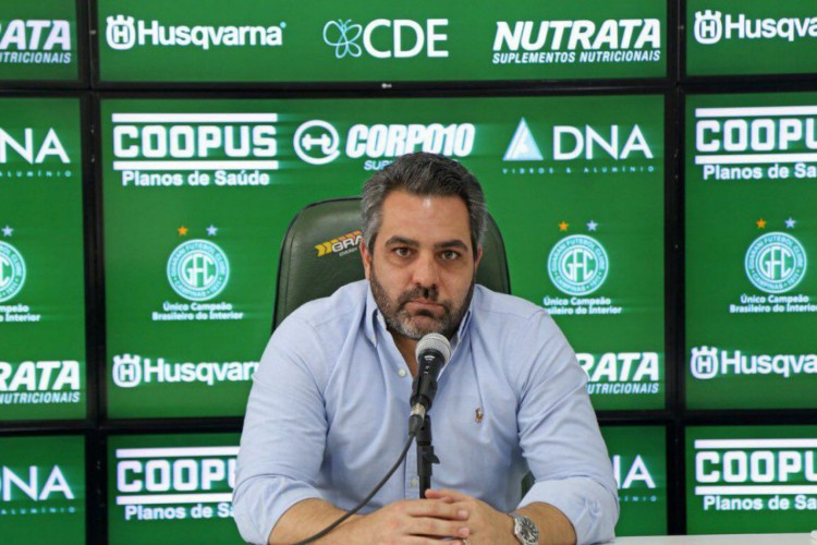 Presidente do Guarani elogia time, que desfalcado perdeu de goleada (Foto: )