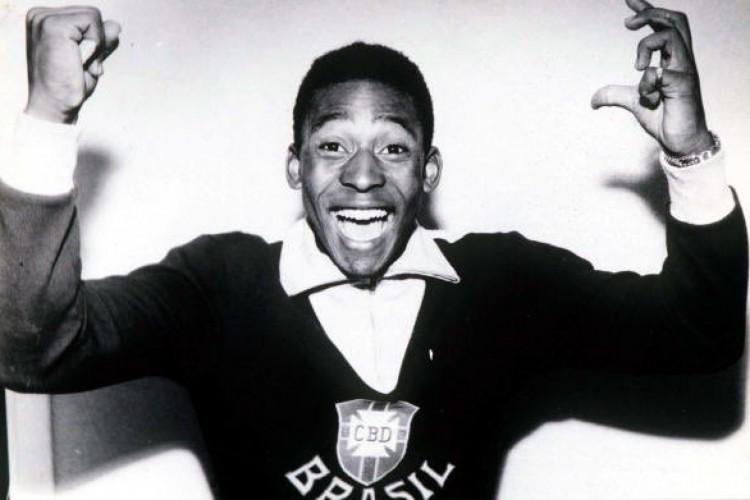 Rei do futebol ganha mais um documentário  (Foto: Repordução/Twitter/Pelé)