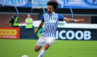 Valdivia é jogador do Avaí