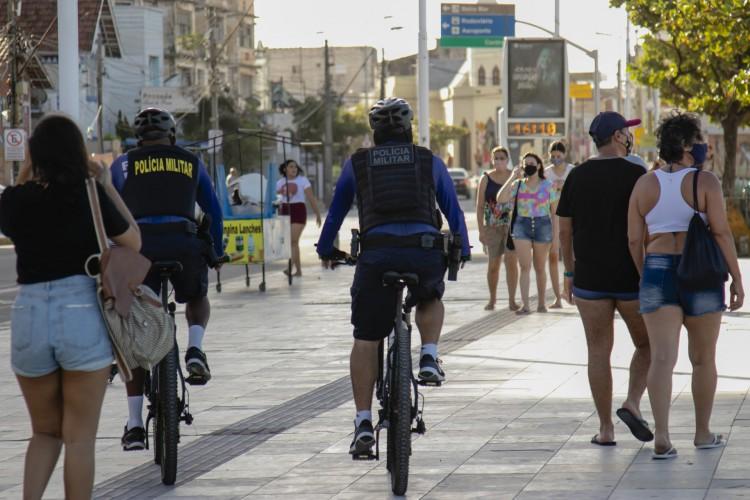 Praia de Iracema é considerada ponto crítico de aglomerações (Foto: Aurelio Alves)