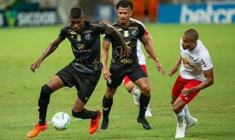 Ceará e RB Bragantino se enfrentam hoje, 17, pela Série A do Brasileirão. Veja onde assistir ao vivo à transmissão, qual horário do jogo e provável escalação