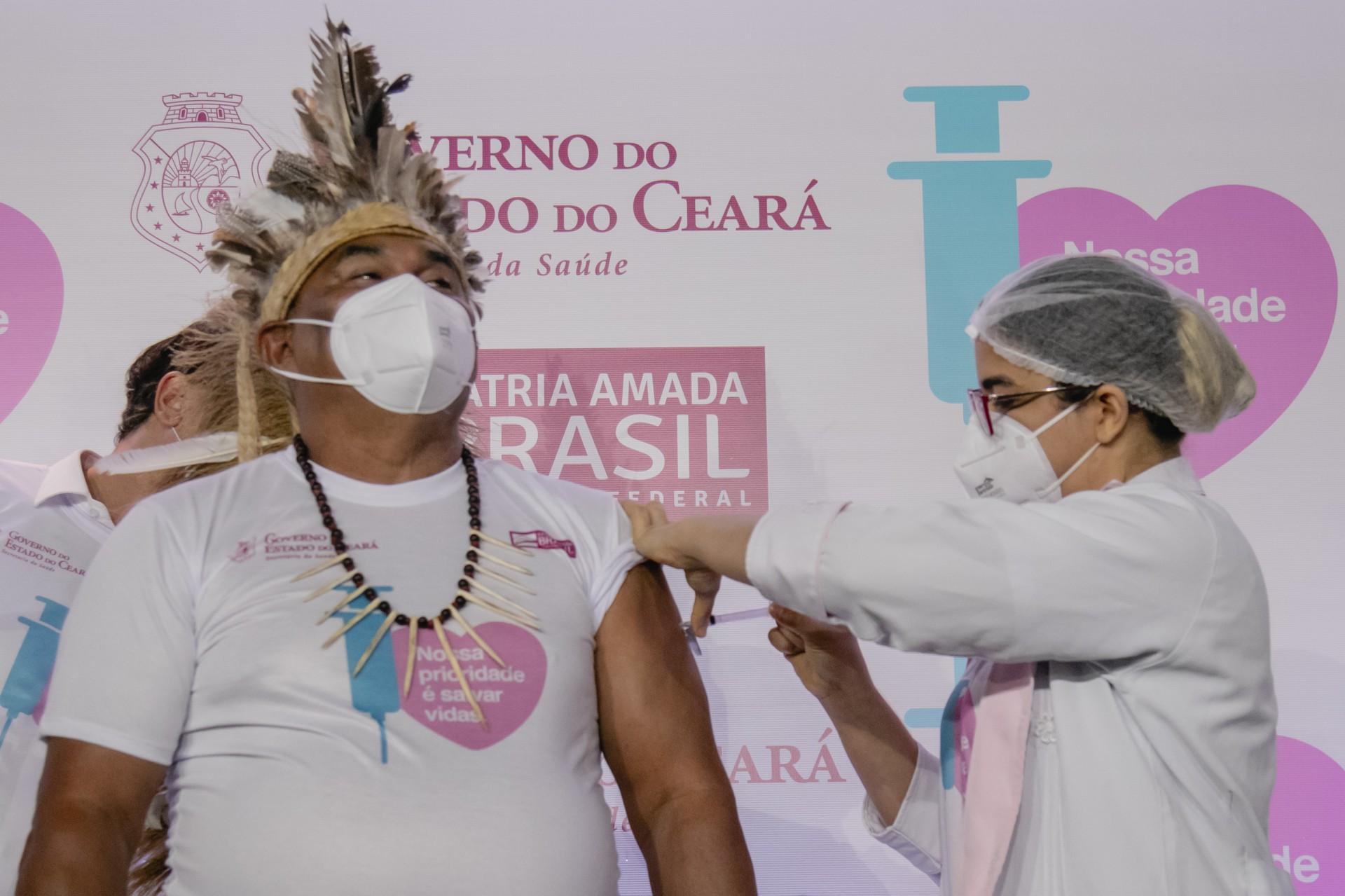 Dourado Tapeba, 59 anos, Indio. DIa que foi vacinada a primeira pessoa contra COVID-19 no Ceara/Fortaleza, no Hospital Leonardo da VInci. Em época de COVID-19