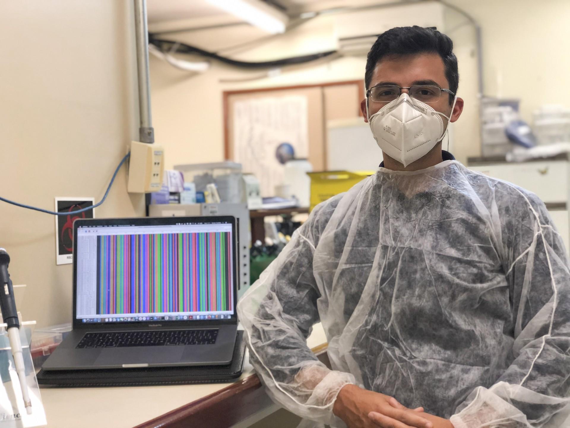 FORTALEZA, 20-01-2021: Foto remota do cientista cearense Darlan Candido, PHD em Oxford. Darlan foi um dos responsaveis pelo sequenciamento do genoma do covid-19, que foi feito em apenas 24 horas. (foto: Barbara Moira/ O POVO)