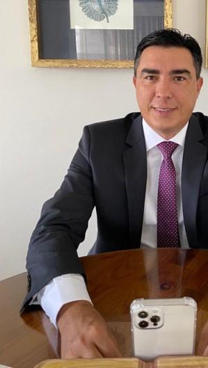 Dr.Júnior (PDT), prefeito de Chorozinho e cotado para presidência da Aprece (Foto: Reprodução/Facebook)