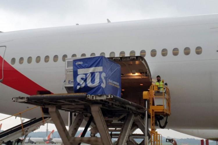 O voo procedente da  (Foto: Ministério da Saúde)