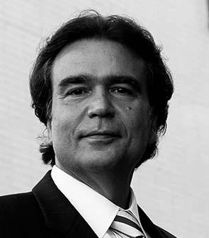 José Gomes Temporão Pesquisador da Fiocruz, membro da Academia Nacional de Medicina e ex-ministro da Saúde