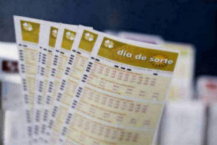 O resultado da Dia de Sorte Concurso 411 foi divulgado na noite de hoje, terça-feira, 26 de janeiro (26/01). O prêmio da loteria está estimado em R$ 800 mil (Foto: Deísa Garcêz)