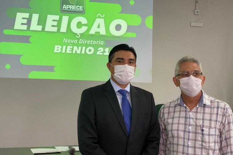 Dr. Júnior Castro (PDT) ao lado de Nilson Diniz (PDT). São presidente e ex-presidente da Aprece. Castro é prefeito de Chorozinho. Diniz, do Cedro (Foto: (Foto: Divulgação) )