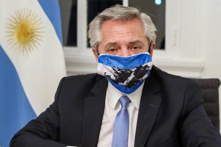 Presidente da Argentina, Alberto Fernández, quer evitar segunda onda de Covid-19 (Foto: Esteban Collazo/AFP)
