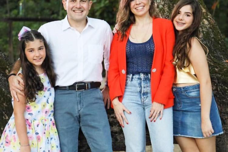 Ex-prefeito Roberto Cláudio (PDT) anuncia mudança para São Paulo com a família (Foto: Reprodução/Facebook)