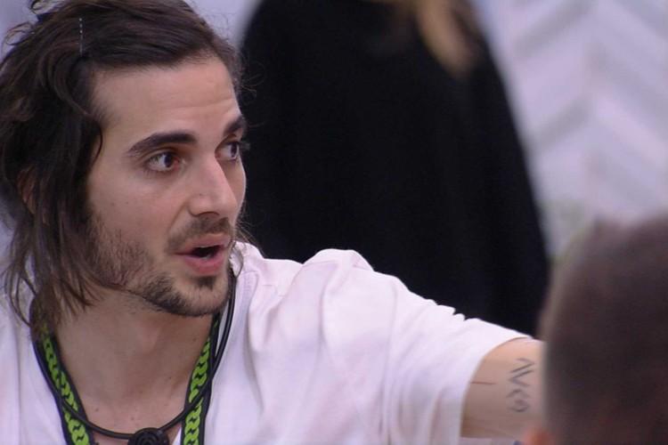 Fiuk discute com participantes por causa de compras para a cozinha da Xepa (Foto: Reprodução/Gshow)