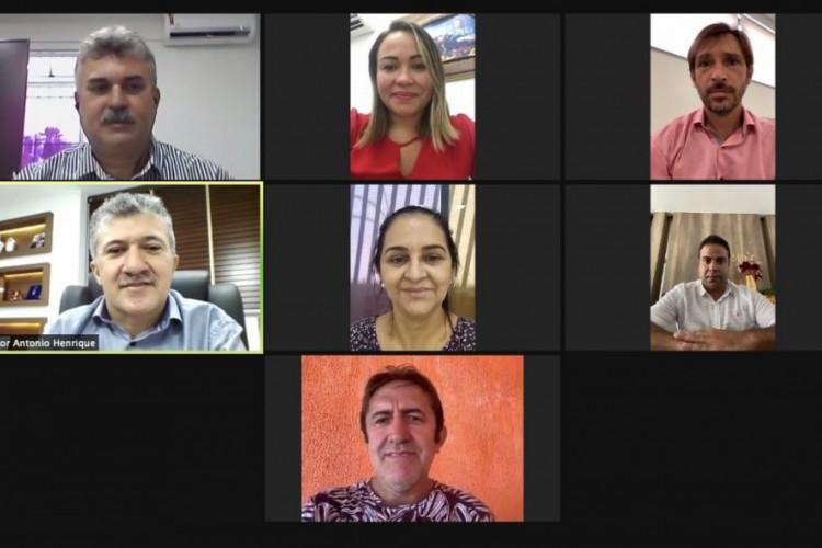 Em reunião realizada de forma virtual na quinta-feira, 28, a Mesa Diretora discutiu os protocolos sanitários que serão adotadas pela Casa.  (Foto: Reprodução/Câmara Municipal de Fortaleza)