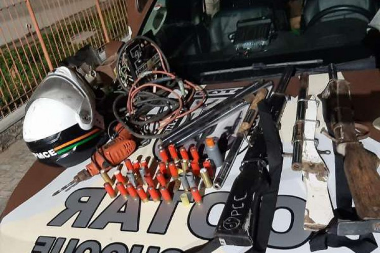 Armas foram apreendidas (Foto: Divulgação/SSPDS)