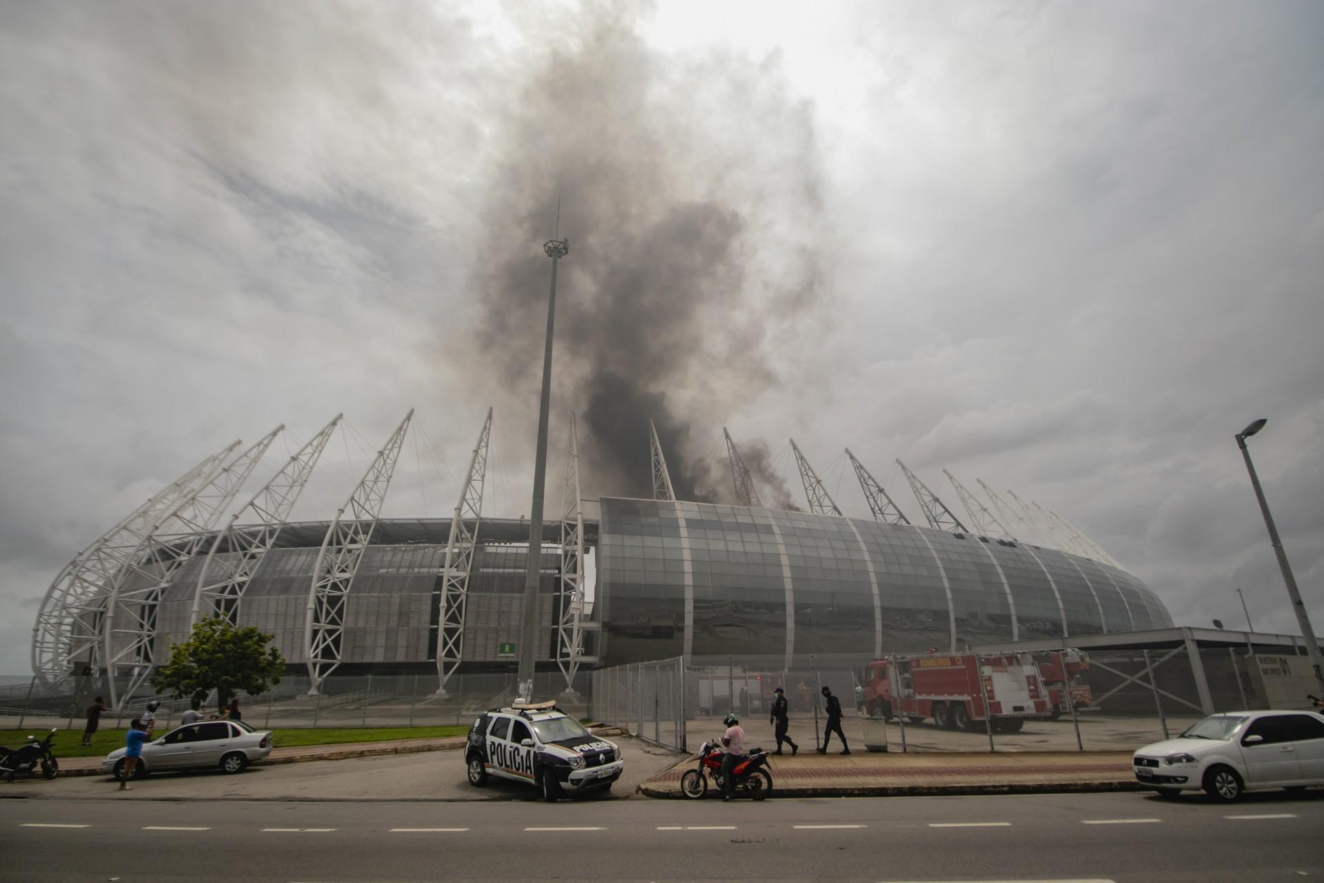 Com incêndios e falta de manutenção, Conmebol se assusta com situação do Castelão