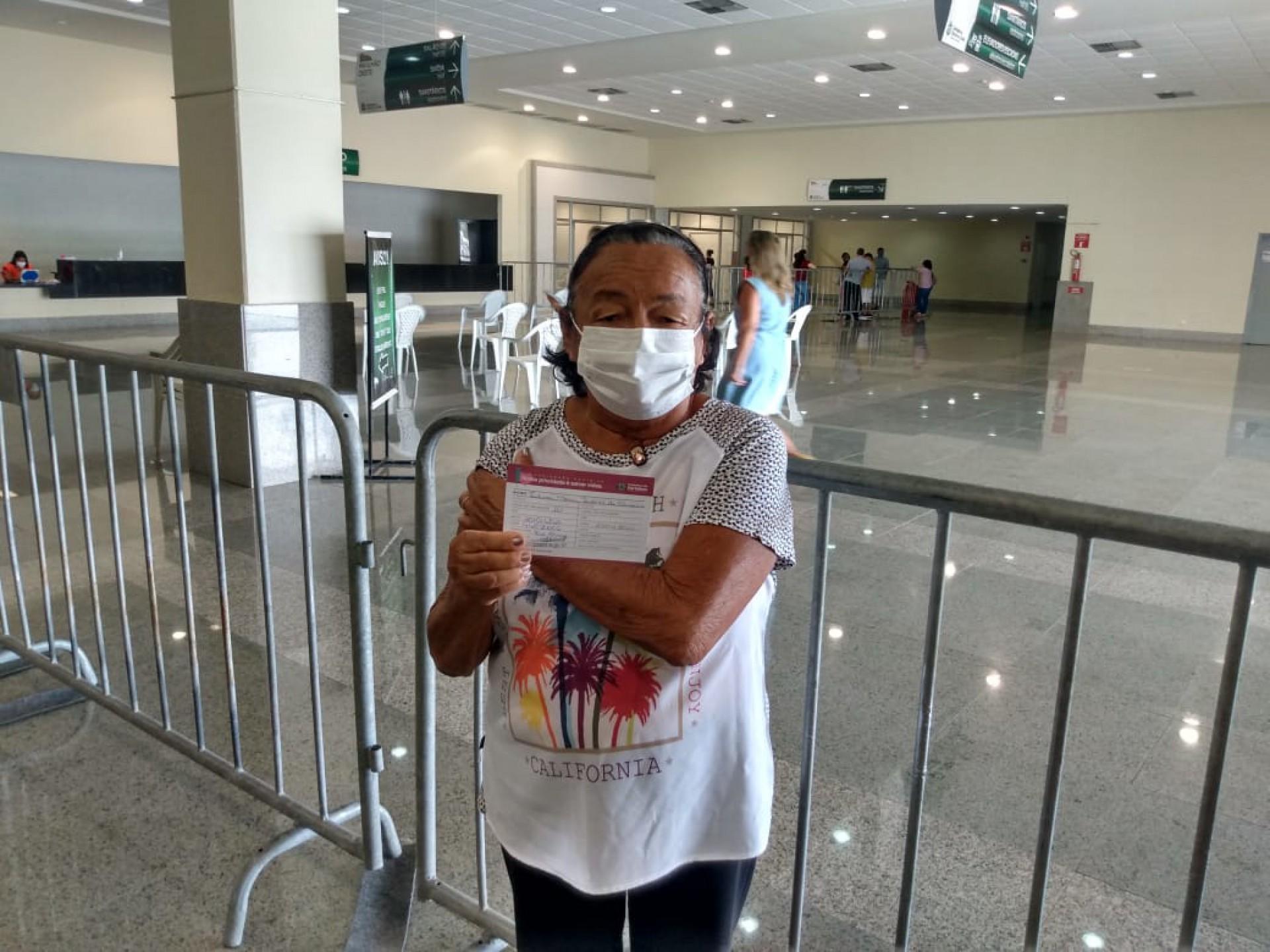 Zilma Oliveira, 77, idosa que estava agendada por engano para vacinação no Centro de Eventos