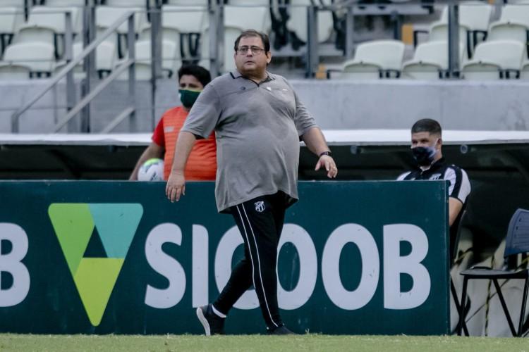 Com principais objetivos conquistados, Ceará, de Guto Ferreira, tenta apenas subir na tabela (Foto: Aurelio Alves)