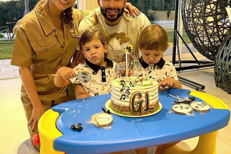 Gusttavo Lima e Andressa Suíta estão casados há mais de quatro anos e têm dois filhos (Foto: Reprodução Instagram)