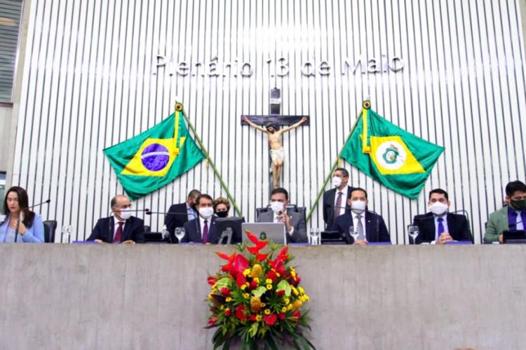 Posse da Mesa Diretora da Assembleia Legislativa do Ceará para o biênio 2021-2022 (Foto: Foto: Edson Júnio Pio)