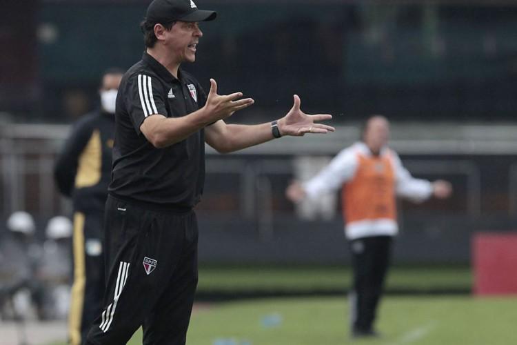 Com título longe, São Paulo demite Fernando Diniz após nova derrota (Foto: Miguel SCHINCARIOL)
