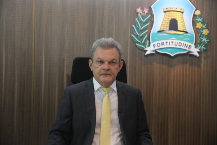O prefeito José Sarto participou remotamente de sessão solene de abertura de trabalhos do Legislativo. (Foto: Divulgação/Prefeitura Municipal)