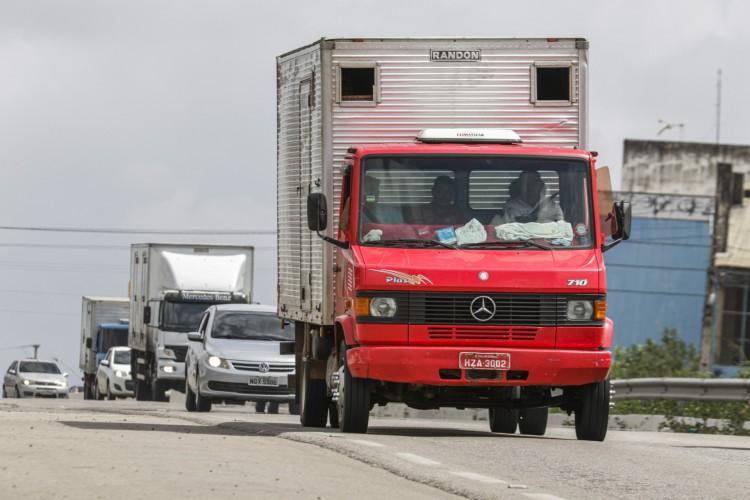 Serviços relacionados ao transporte foram os que apresentaram melhor resultado positivo em abril. (Foto: Thais Mesquita)