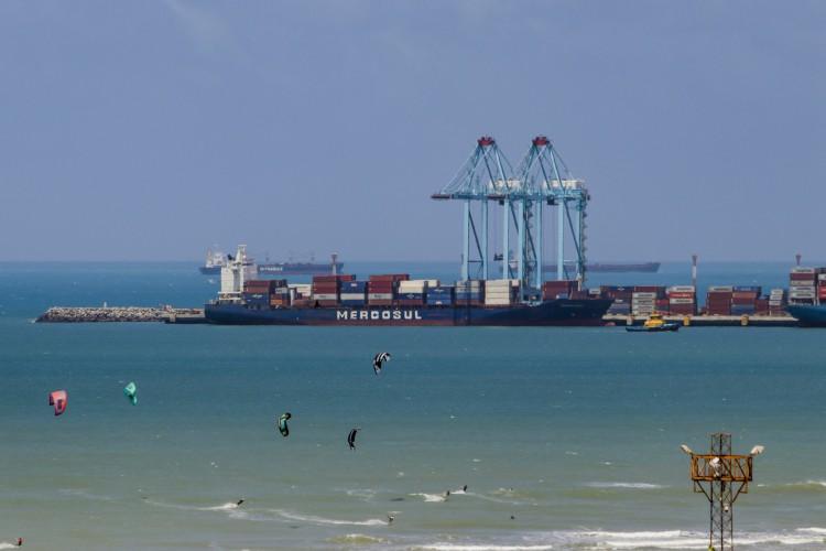 Porto do Pecém cresce em movimentação de cargas (Foto: FCO FONTENELE)