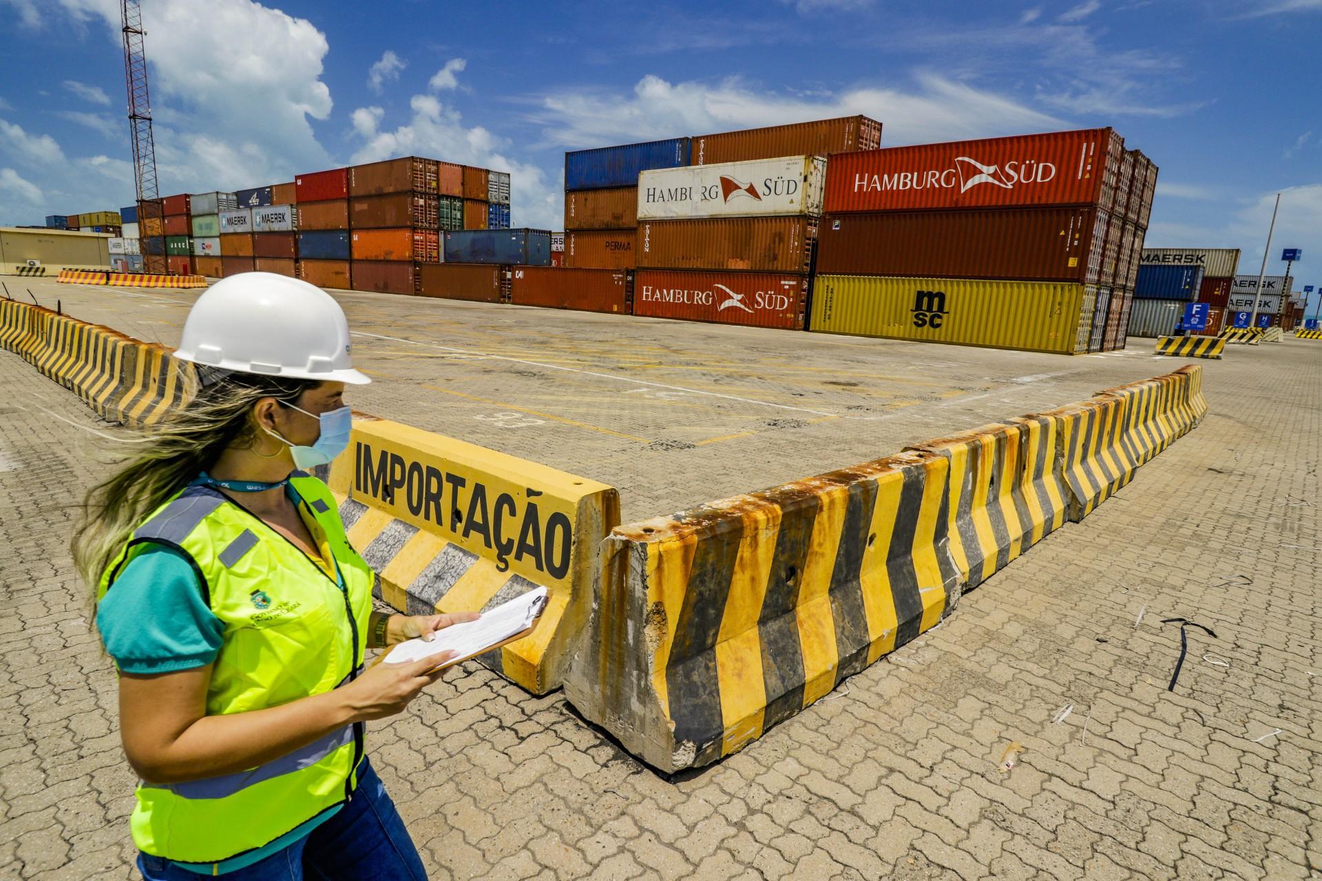 Operações de compra e venda internacionais devem ser impulsionadas no Estado com novo hub (Foto: FCO FONTENELE)