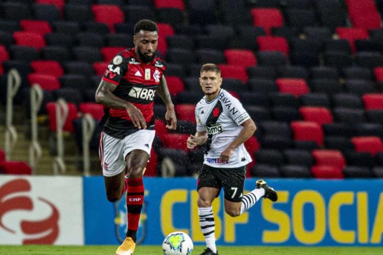 Flamengo vence Vasco no Maracanã e cola no líder Inter (Foto: Marcelo Cortes / Flamengo)
