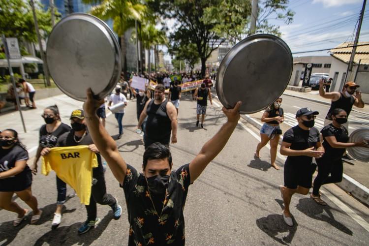 Empresários articularam demandas e as apresentaram para o Governo durante a reunião de hoje (Foto: Aurelio Alves)