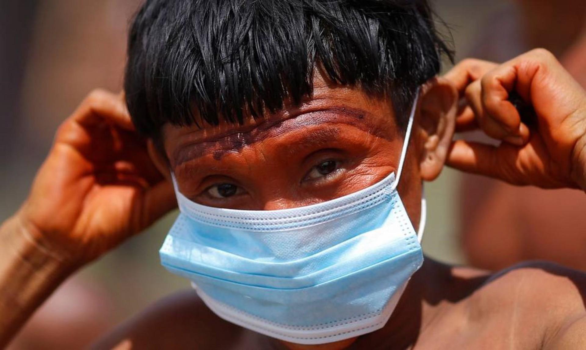 Ministério apura mortes de crianças indígenas de Roraima por covid-19 (Foto: Reuters/Adriano Machado/Direitos reservados)