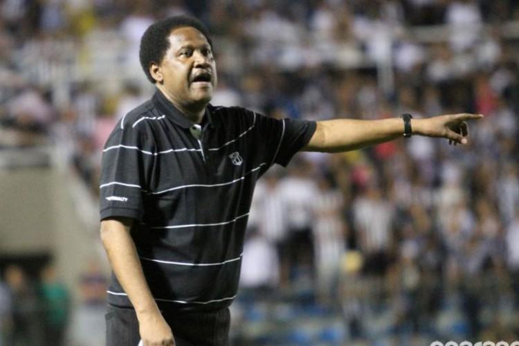 Ex-treinador e ídolo no Ceará, Lula Pereira falece aos 64 anos (Foto: )