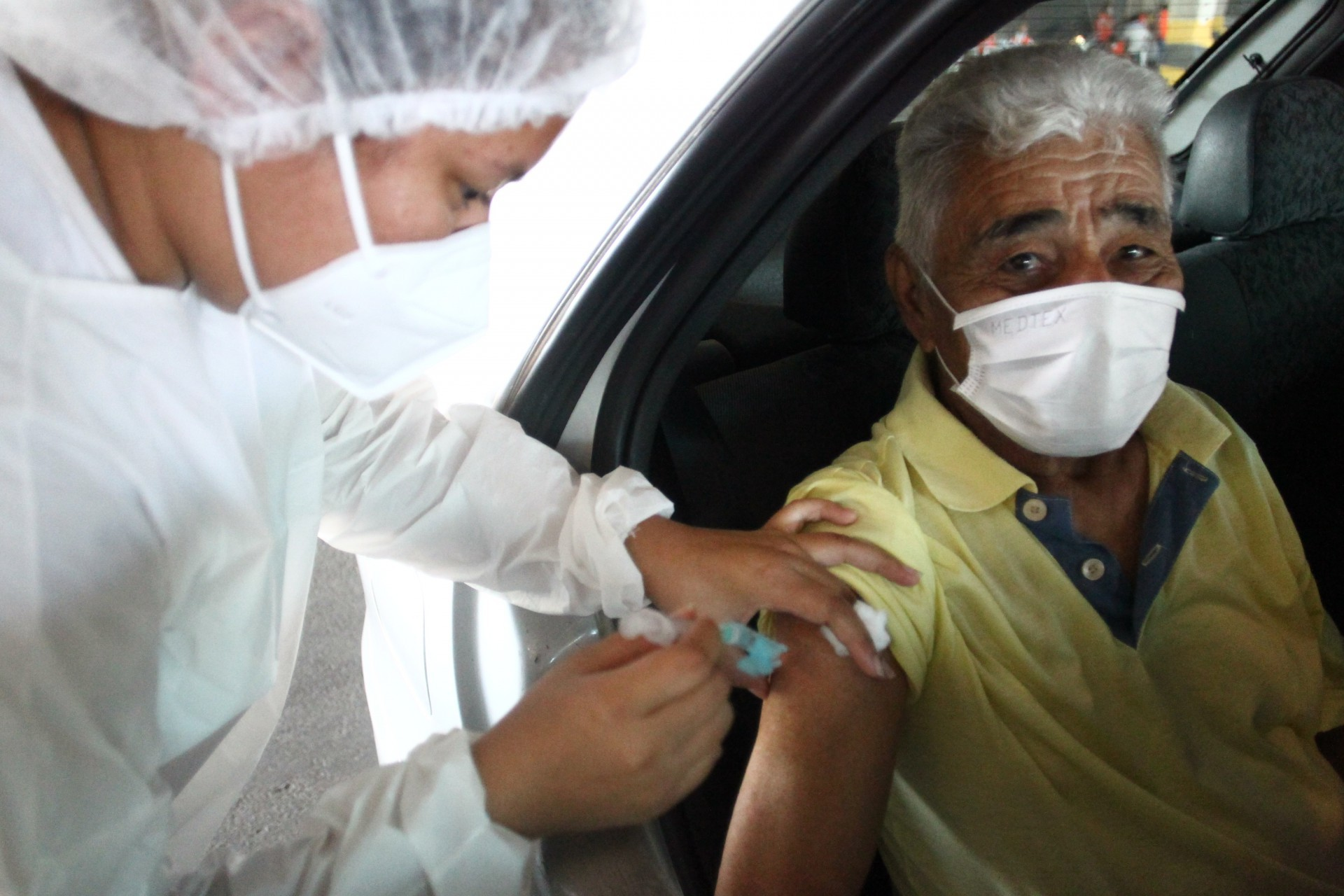 FORTALEZA encerrou as aplicações da D1 da CoronaVac em idosos acima de 70 anos e de profissionais de saúde