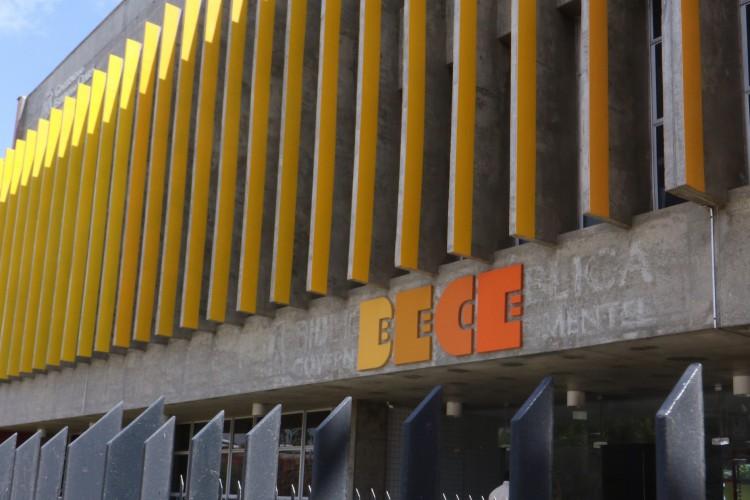 A retomada das atividades da nova Biblioteca Pública Estadual Ceará será por meio de programação virtual com convidadas e convidados do campo das artes (Foto: Fábio Lima)