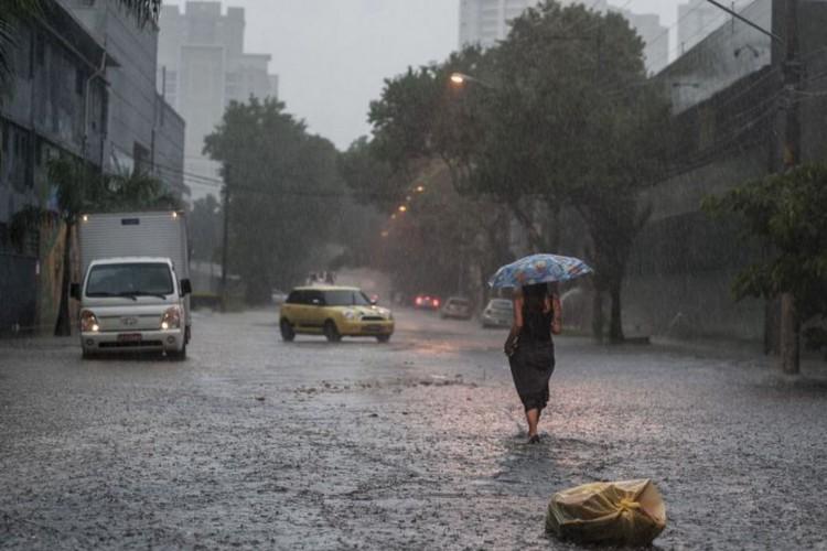 Inmet alerta que chuvas continuarão fortes no Centro-Oeste e Sudeste (Foto: )