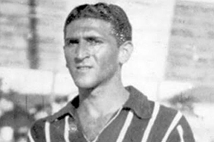 Manoelzinho foi o jogador que mais vestiu a camisa do Ferroviário na história do clube.  (Foto: Reprodução/ Ferroviário)