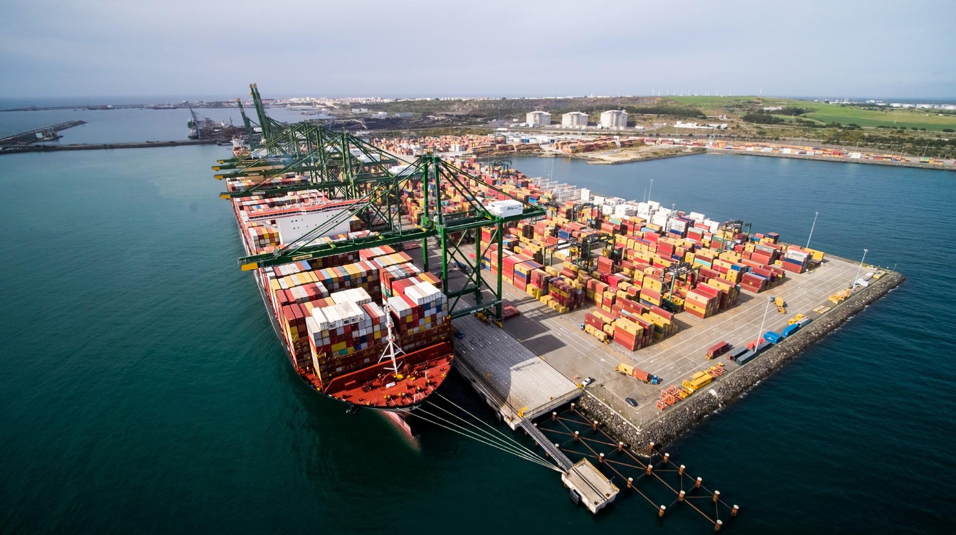 Porto Sines, em Portugal, terá obras para a implementar o uso de hidrogênio verde(Foto: Divulgação/Associação dos Portos de Portugal)