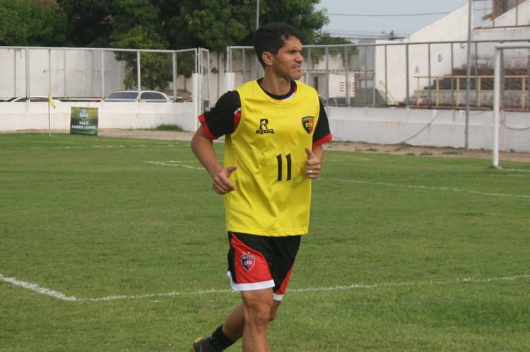 Magno Alves voltará a jogar aos 45 anos, pelo time do Caucaia