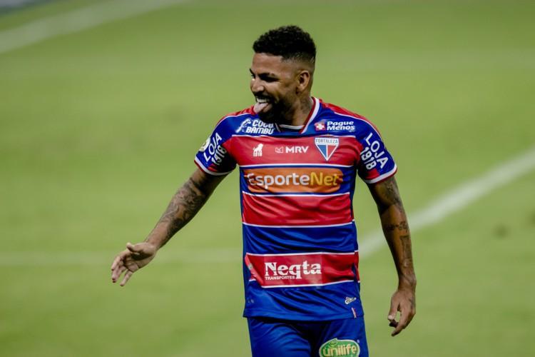 Romarinho recebeu proposta do futebol japonês, mas seguirá no Fortaleza (Foto: Aurelio Alves)