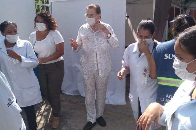Silvio Santos completou 90 anos em dezembro e está sem apresentar programas devido ao risco de contaminação (Foto: Foto: Reprodução Instagram/ Rebeca Abravanel )