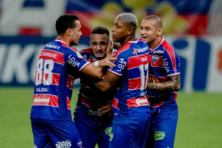 O confronto entre Fortaleza e CRB só terá transmissão do streaming Nordeste FC ou do PPV da Copa do Nordeste   (Foto: Aurélio Alves/ O POVO)