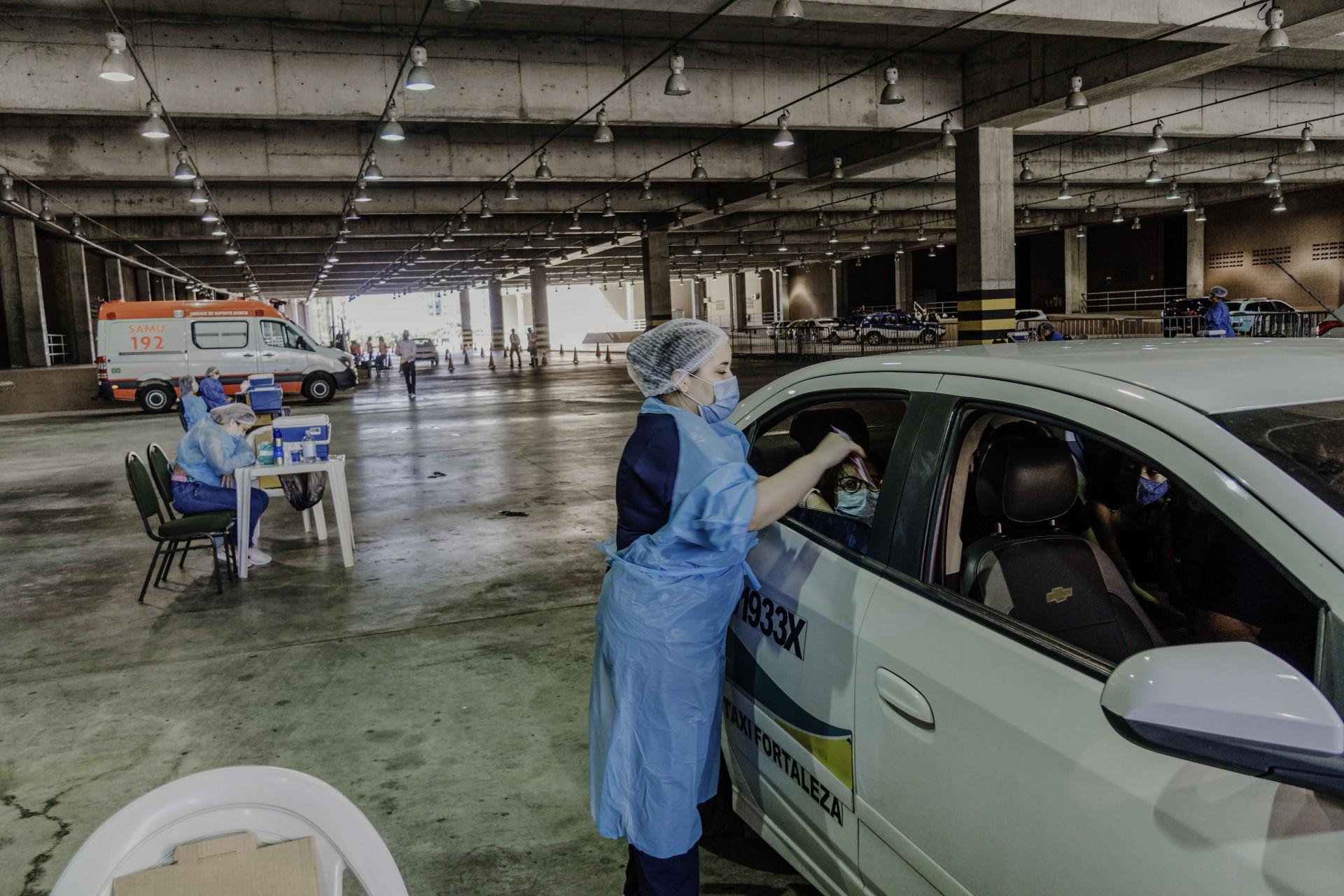 VACINAÇÃO usando serviço de transporte gratuito começou ontem