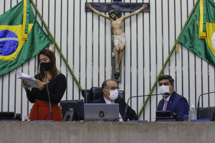 FORTALEZA, CE, BRASIL, 11.02.2021: Sessão na Assembleia Legislativa do Ceará (Foto: Thais Mesquita/OPOVO) (Foto: Thais Mesquita)