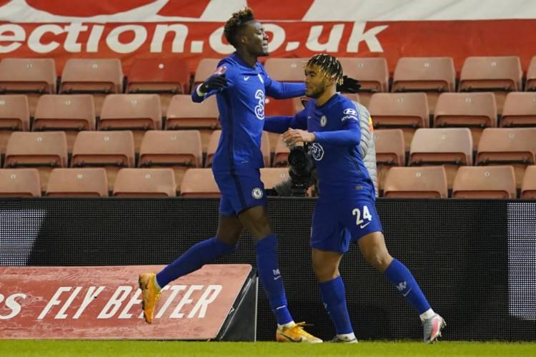 Tammy Abraham fez o único gol do confronto entre Chelsea e Barnsley (Foto: Dave Thompson / POOL / AFP)